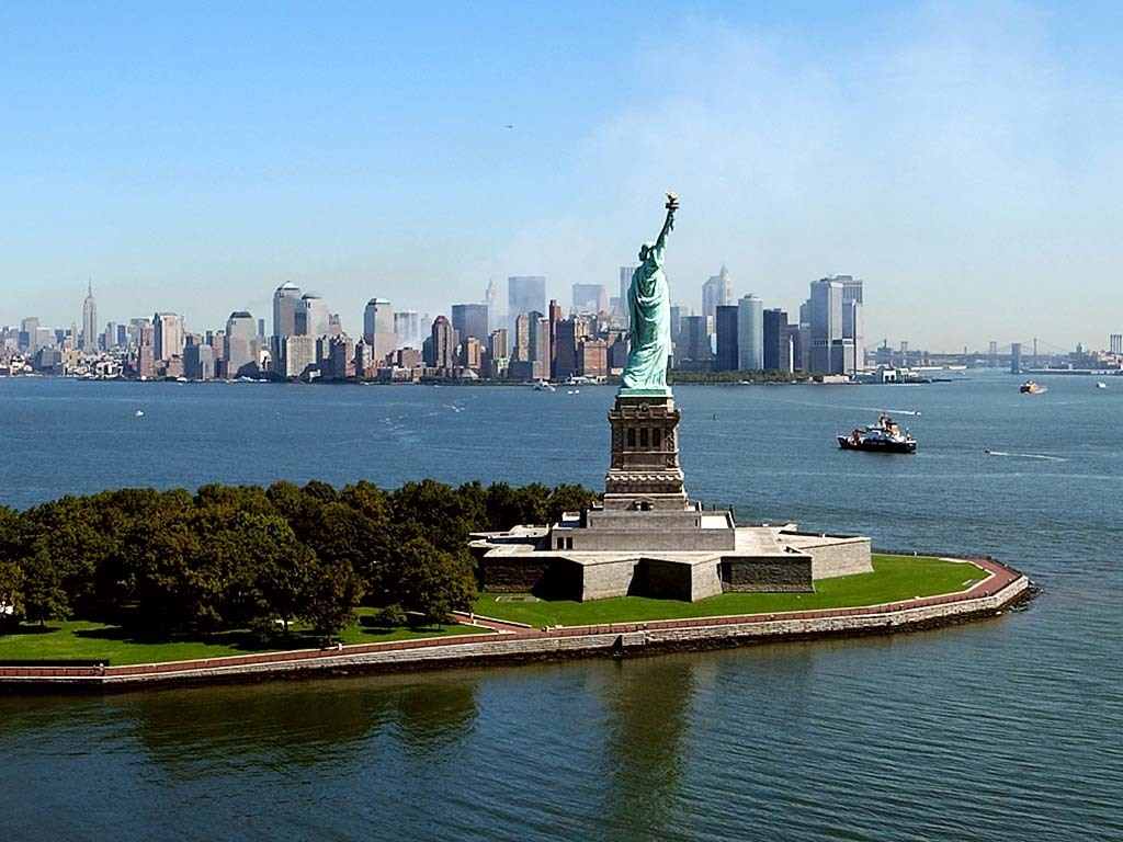 New york city travel guide tourist attractions trip for Attractions in new york new york